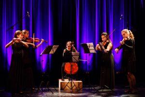 Das Ensemble Flute Strings