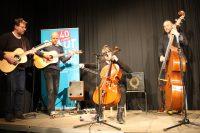 Die Band FIDI sorgt für die musikalische Unterhaltung.