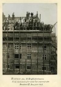 Richtfeier des 25. Großwohnhauses Ecke Goldbekufer und Forsmannstraße, 1928 (Baugenossenschaft dhu eG)