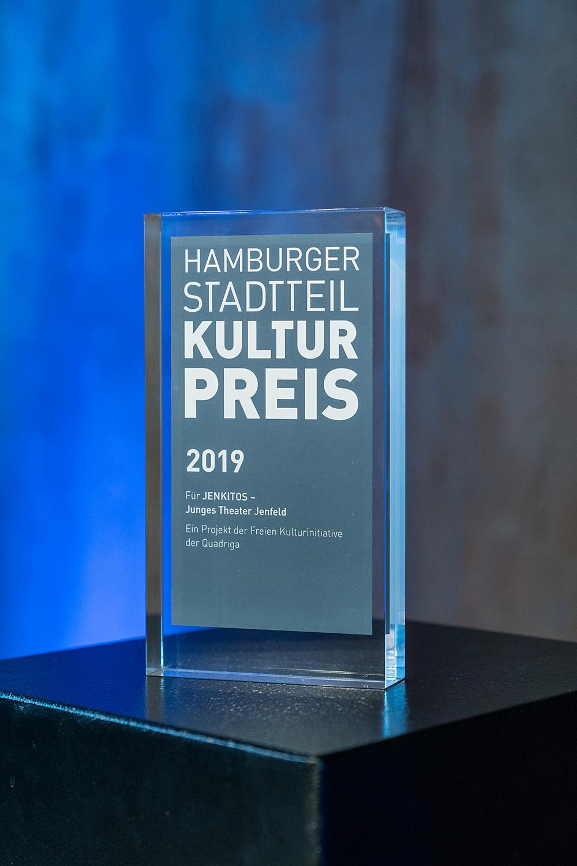 Der Award 2019 für die Jenktitos, Foto: Miguel Ferraz
