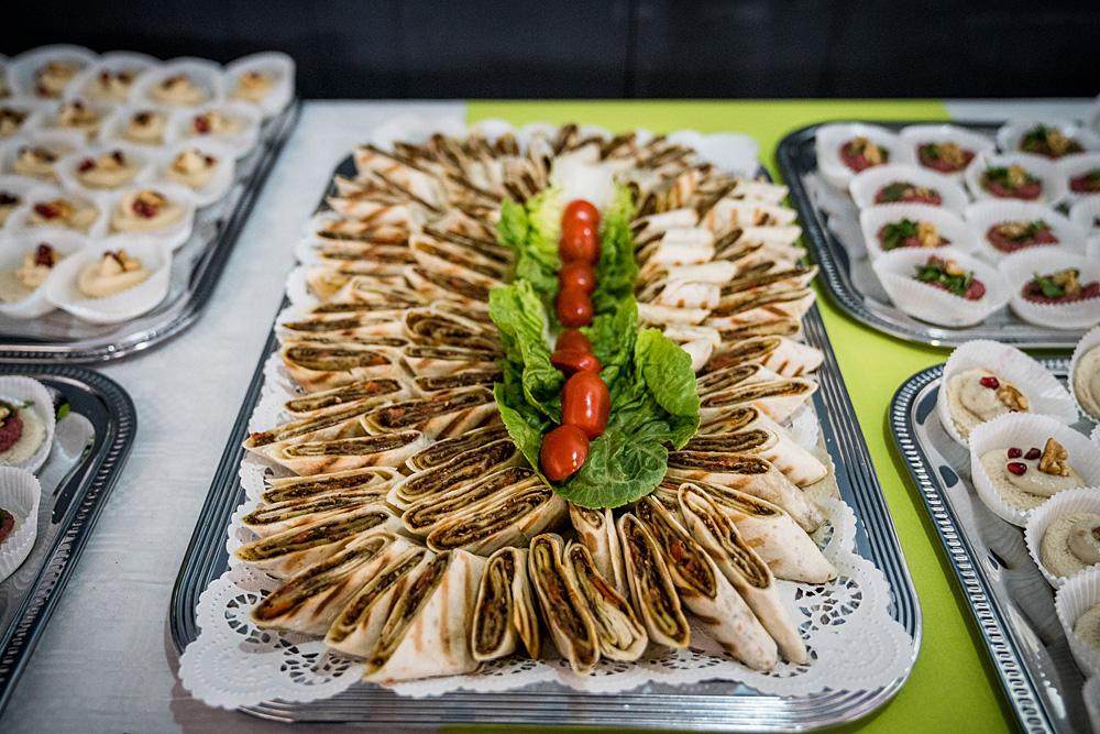 Das Bufett: Arabisches Fingerfood, Foto: Miguel Ferraz